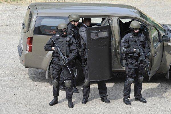 Slovenskí vojenskí policajti sa začlenia do Medzinárodnej jednotky vojenskej polície v Bosne a Hercegovine.
