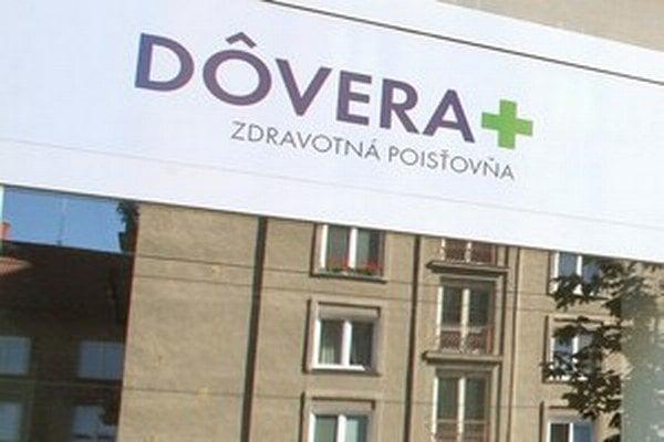 Viac peňazí od súkromnej zdravotnej poisťovne Dôvera žiada aj približne 1900 ambulantných lekárov zastúpených Slovenskou lekárskou komorou (SLK).
