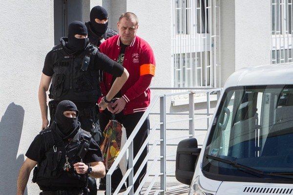 Súd Františkovi Borbélymu vymeral trest sedem rokov väzenia a prepadnutie majetku v prospech štátu.