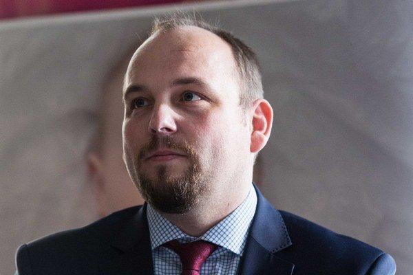 Anton Chromík.
