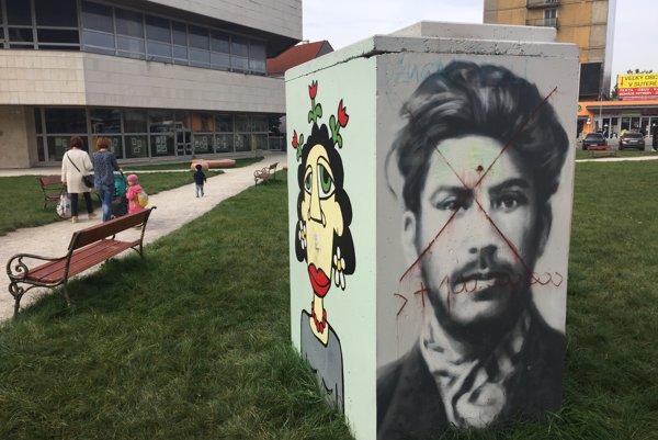 Portrét mladého Stalina, ktorý vznikol na Pohode 2016 bol spolu s ostatnými dielami v centre mesta niekoľko týždňov.