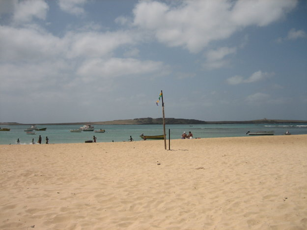 Pohľad na ostrovček Ilheu de Sal Rei.