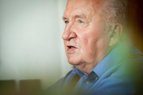 Vo veku 86 rokov zomrel prvý slovenský prezident Michal Kováč.