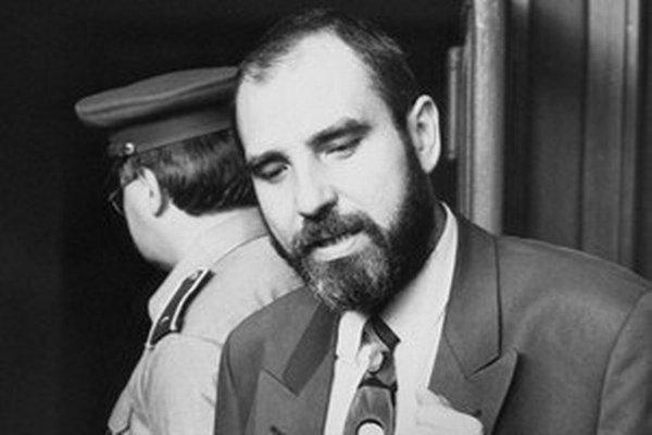 Jaroslav Šimunič vyšetroval zavlečenie ako prvý, prípad mu vzali. Dnes asistuje Eduardovi Kukanovi.