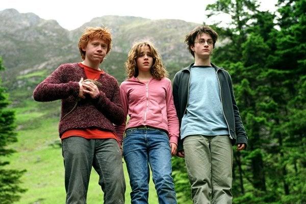 Filmy s Harrym Potterom solídne zarobili, ale kvalitou sa nevyrovnali literárnemu dielu.