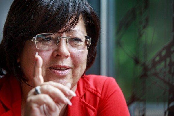 Jana Baricová (60) začínala ako sudkyňa na Okresnom súde Bratislava Vidiek za socializmu. V roku 1990 prešla na Krajský súd v Bratislave, kde riešila civilnú agendu a v roku 2005 nastúpila na Najvyšší súd, kde bola predsedníčkou senátu a riešila správnu a