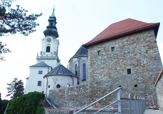 Hradná katedrála bude počas ladenia zavretá.