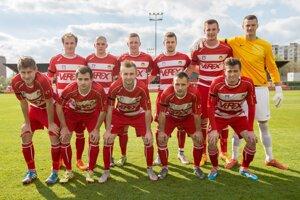 Futbalisti MFK Tatran Liptovský Mikuláš sú odhodlaní postúpiť do ďalšieho kola Slovenského pohára. V ceste im stojí tím zo susedného Liptovského Hrádku, ktorý má kvalitu na to, aby sa dostal ďalej práve on.