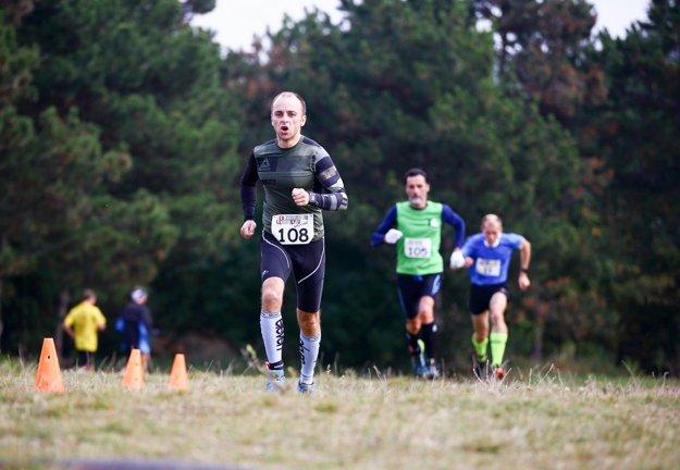 Bežci si mohli vybrať z dvoch rôznych dĺžok tratí.