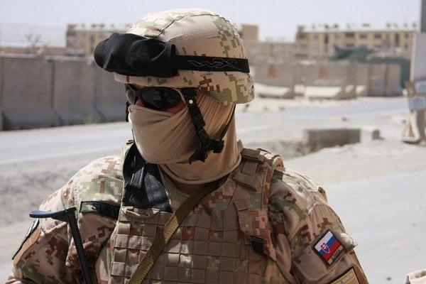 Slovenskí vojaci sa v rámci misie NATO v Afganistane podieľali aj na chytaní talibov.