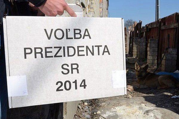 Hlasovanie v niektorých osadách sprevádzali pochybnosti.