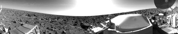 Sondy Viking priniesli v roku 1976 prvé snímky z povrchu Marsu.
