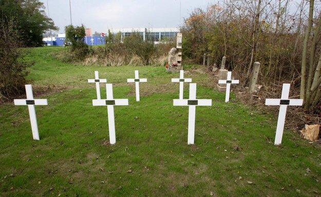 Cintorín dnes. V posledných rokoch sa podarilo obnoviť aspoň jeho torzo.