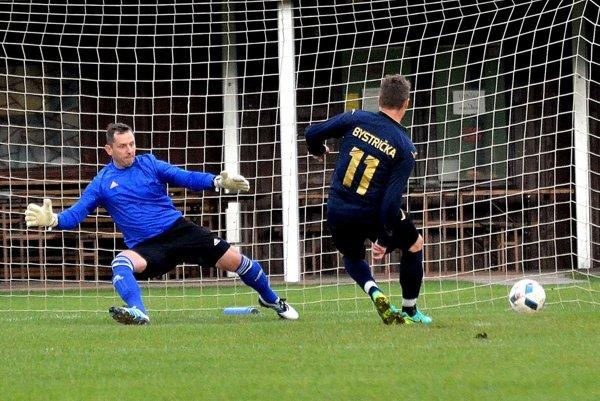 V drese výberu TFZ sa objaví aj Tomáš Krnáč z Bystričky, ktorý sa spolu s Rastislavom Karasom z Dubového stal najlepším strelcom  I. triedy. Obaja strelili 21 gólov.