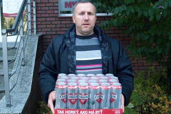 Víťazom 11. kola bol Attila Szolnoki z Dyčky, ktorý uhádol 10 zápasov! Kartón piva Corgoň mu patrí právom!