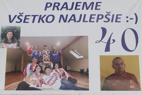 Partia kamarátov pripravila oslávencovi Pavlovi netradičné blahoželanie.