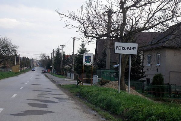 Petrovany.