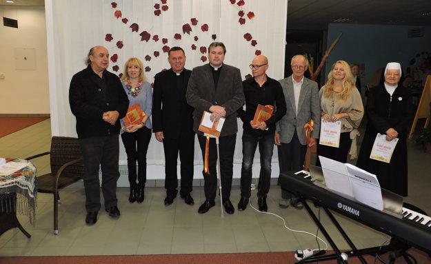 Zo slávnostného galavečera festivalu duchovnej tvorby Jurinova jeseň.