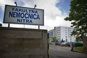 Vo fakultnej nemocnici v Nitre od decembra hrozí, že v noci a cez víkendy nebude mať kto uspávať pacientov.