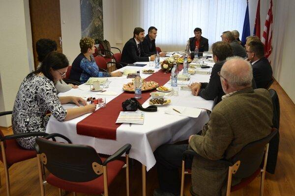 Okrem dopravnej infraštruktúry podporil župan starostov aj v žiadostiach o eurofondy.