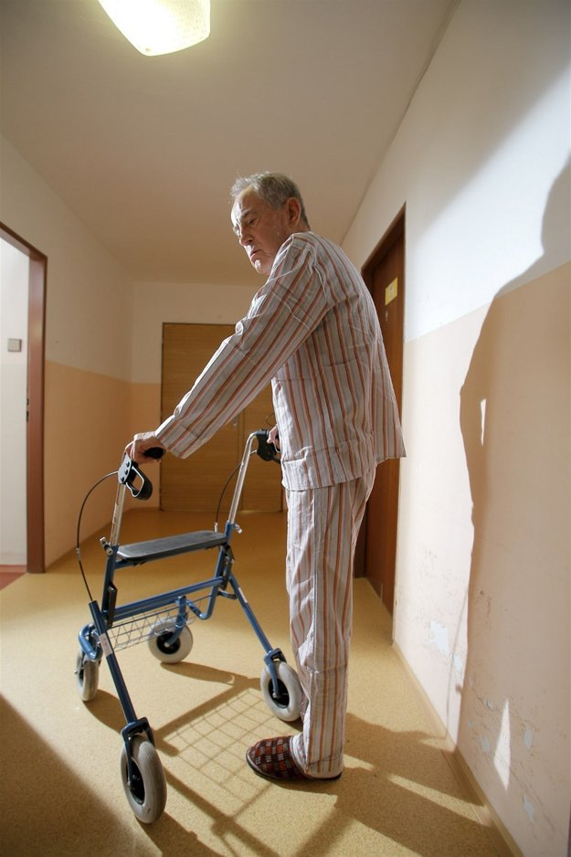 Starcov zatiaľ len hrá. V kondícii sa udržuje každodenným behom.