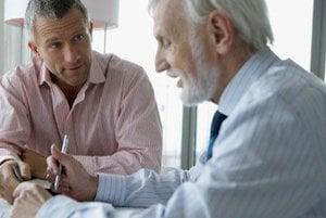 Karcinóm prostaty sa väčšinou diagnostikuje u mužov nad 50. rokov, u mladších je zriedkavý. Dôležité je nezanedbávať pravidelné prehliadky u urológa.
