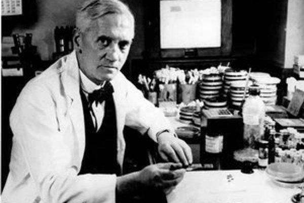 Alexander Fleming objavil penicilín v roku 1928 náhodou.