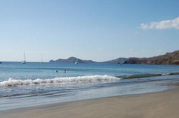 Playa Hermosa patrí medzi populárne pláže Kostariky.