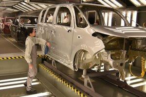 Problémy s pracovnou silou majú aj v Peugeote.