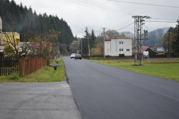 Nový úsek cesty má viac ako šesť kilometrov.