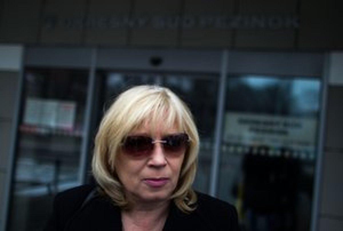 Fico už rok ignoruje súd s Radičovou, jeho adresu nevie nájsť ani polícia