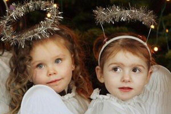 Fotky vašich detí nechávame na vašej fantázii. Môžu byť vianočné, v kostýme aj klasické.