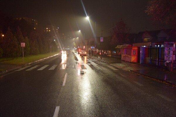 Dvojicu žien a dieťa previezli po nehode do nemocnice v Trnave.