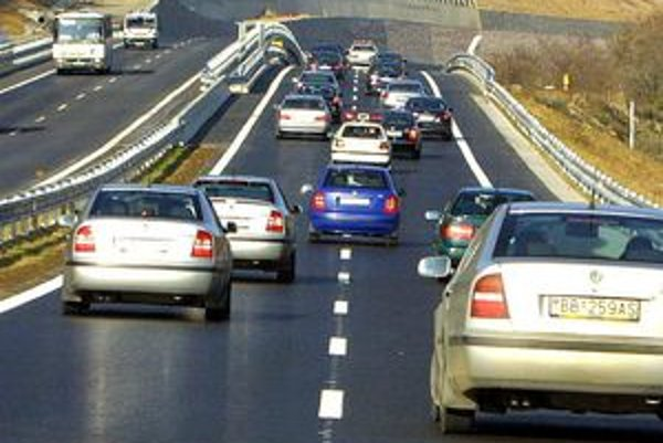 Robert Fico sľuboval výstavbu cesty od roku 2010, pre novú vládu nie je prioritou.