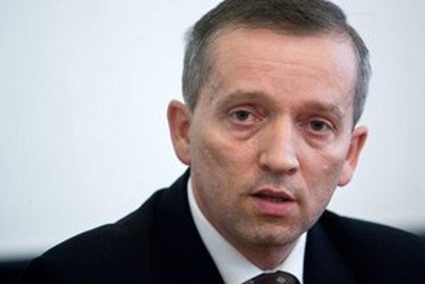 Jozef Čentéš napadol rozhodnutie prezidenta Gašparoviča nevymenovať ho za generálneho prokurátora.