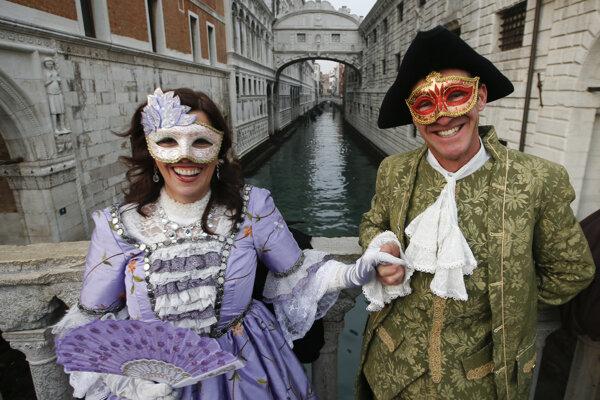 Art point sa počas januárového plesu premení na Benátky.