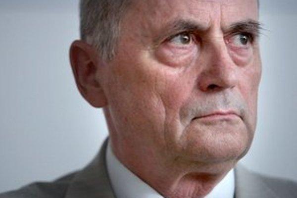 Ján Čarnogurský nebude prezidentským kandidátom Kresťanskodemokratického hnutia.