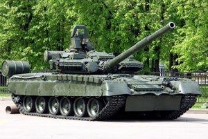 T-80BV s reaktívnym pancierom Kontakt-1.