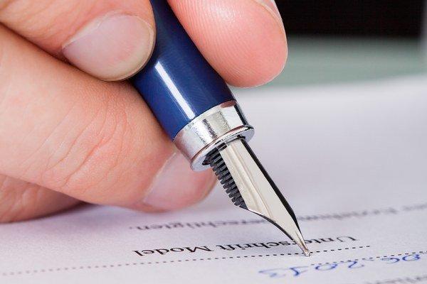 Podmienkou pre väčšiu voľnosť pri vypovedaní zmluvy o nájme má byť nájom do dvoch rokov a písomná zmluva. A samozrejme registrácia na daňovom úrade.