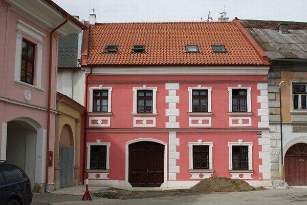 Kategóriu  Obnova bytového fondu v bytových domoch a prestavba nebytových priestorov na byty vyhrala bytovka v Spišskom Podhradí.
