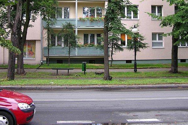 Prevádzkovanie prázdninového bytu vrátane základných služieb ako sú výmena posteľnej bielizne, upratovanie a podobne, je podnikaním, na ktoré sa vyžaduje živnostenské oprávnenie.