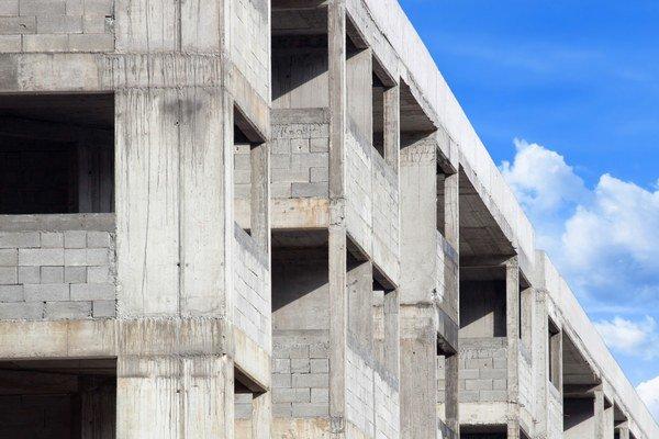 Najviac bytov dokončili v Bratislavskom a v Žilinskom kraji, najmenej v Banskobystrickom kraji.