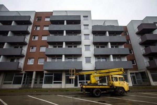 Bytovka Glance House a Dobroslav Trnka, ktorý umožnil, aby sa k nej dostali ľudia blízki Mariánovi Kočnerovi.