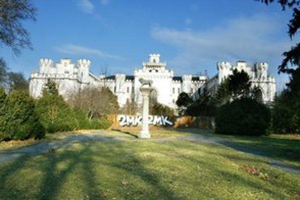 Bratislava má za Dunajom peknú ruinu.