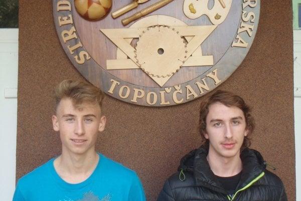 Vľavo futbalista Mark Vida, vpravo hokejista Igor Oborný.