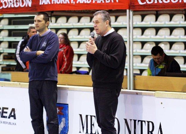 Turnaj slávnostne otvoril primátor Jozef Dvonč.