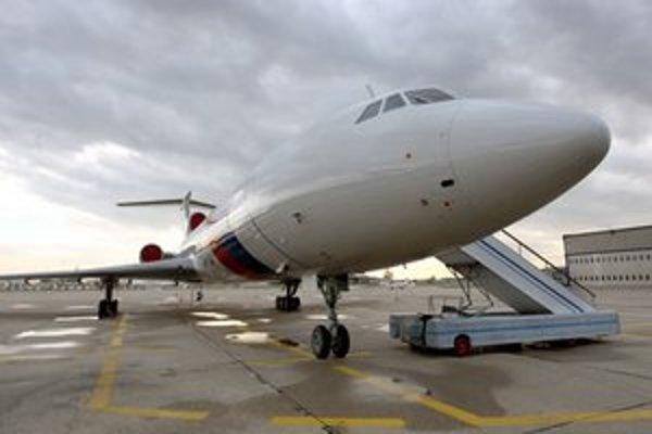 Letecký špeciál Tu-154.