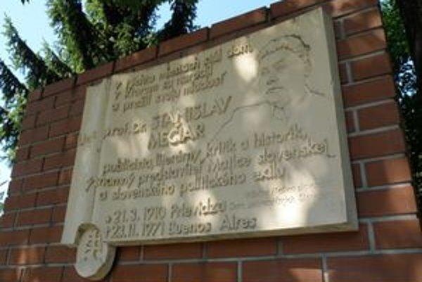 Po rokoch pochovali pozostatky Stanislava Mečiara na Slovensku.