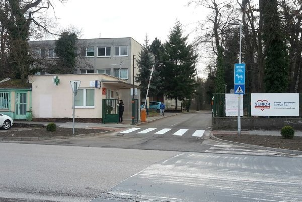 Nový priechod v Malackách.
