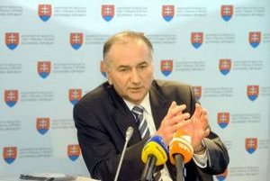 Minister školstva Eugen Jurzyca.